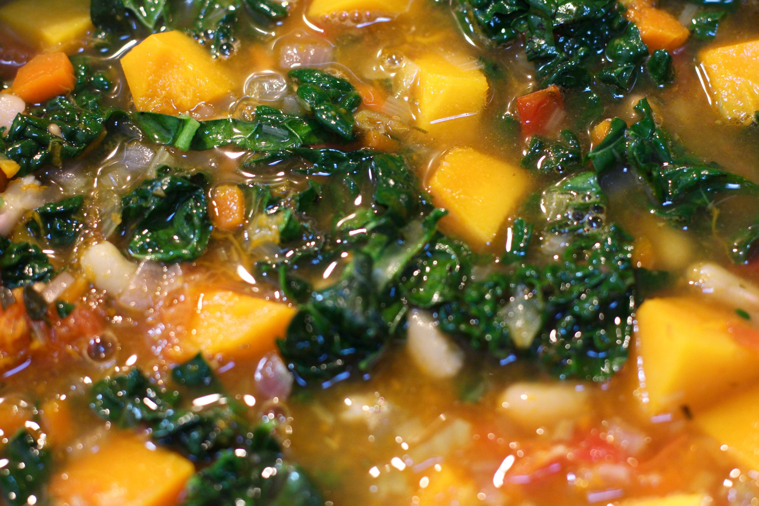 pumpkin cavolo nero & white bean soup