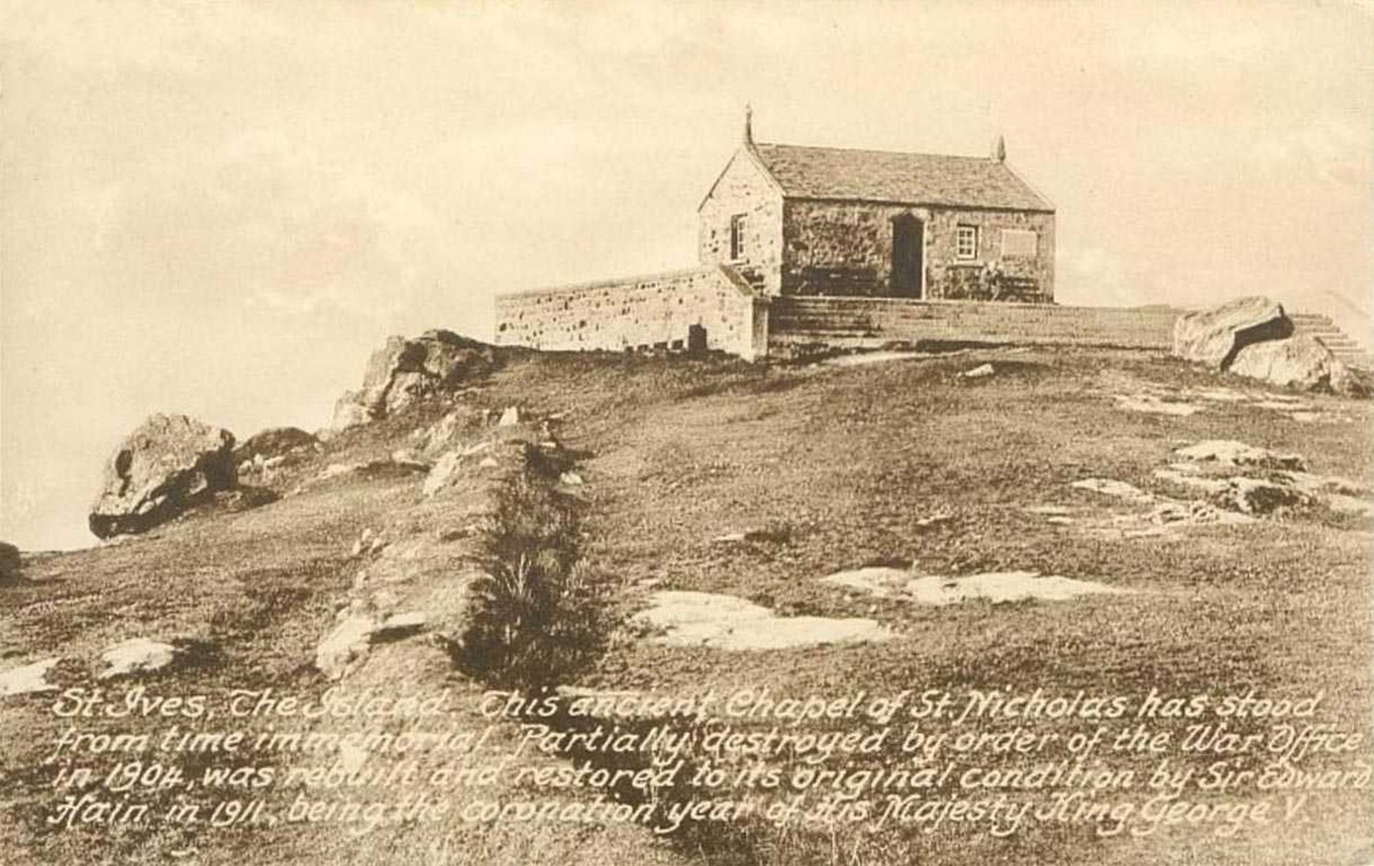 doherty-porcelain-Cornwall-st-ives-old-photo-of-the-island-chapel-of-st-nicholas.jpg