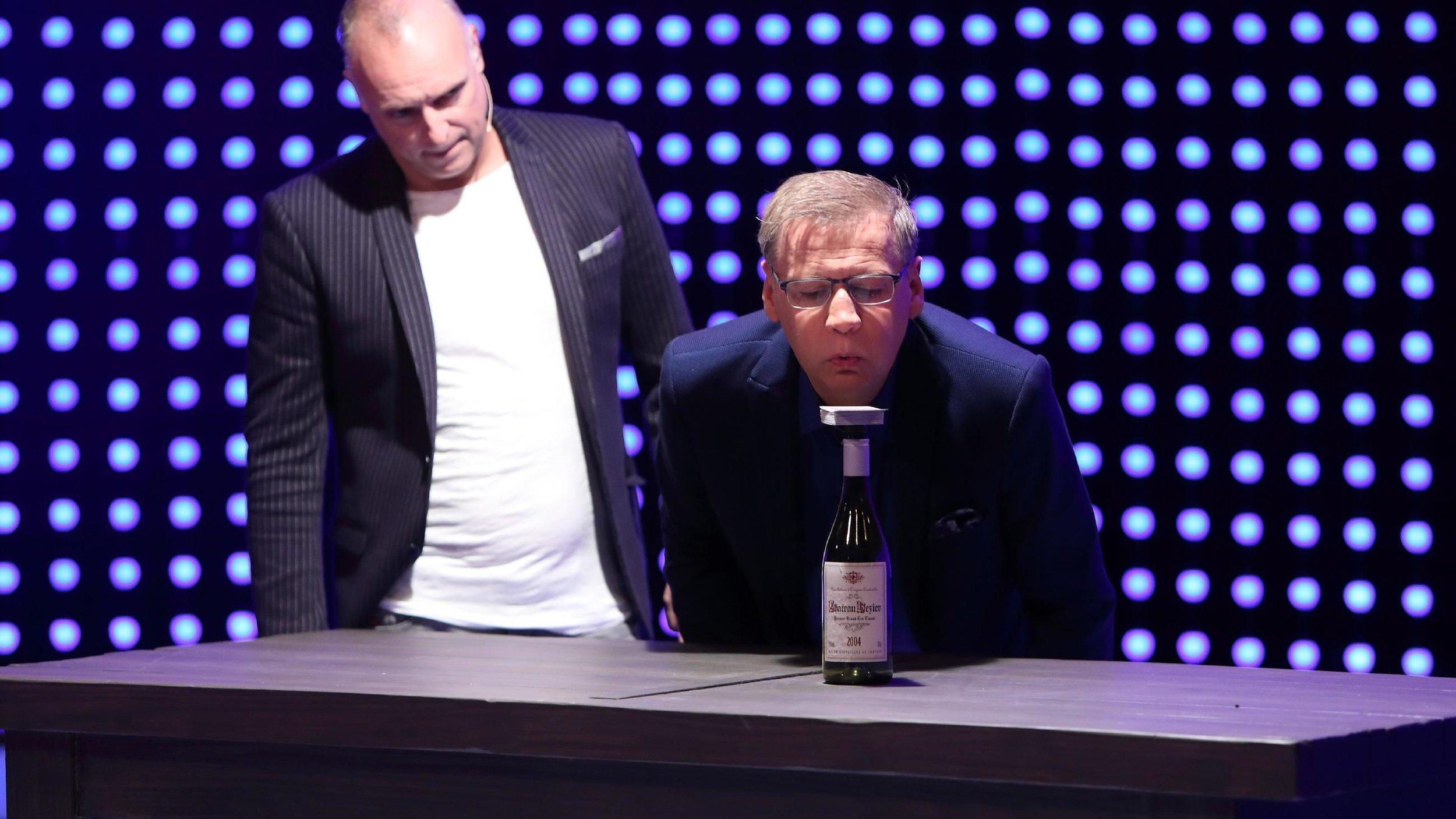 5-gegen-jauch-showpremiere-fuer-frank-buschi-buschmann-als-moderator.jpg