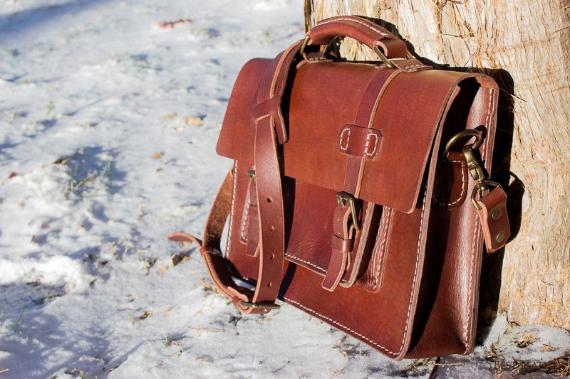 Vegetable tanned full grain leather workbag with handle and strap