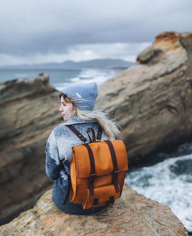Charlotte Gane and BennyBee leather bag in Oregon