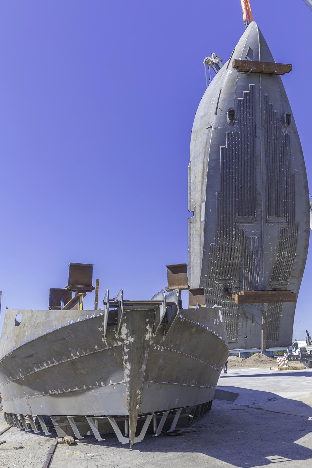 mg-eng-scampi-trawler-hull-turning-3.jpg