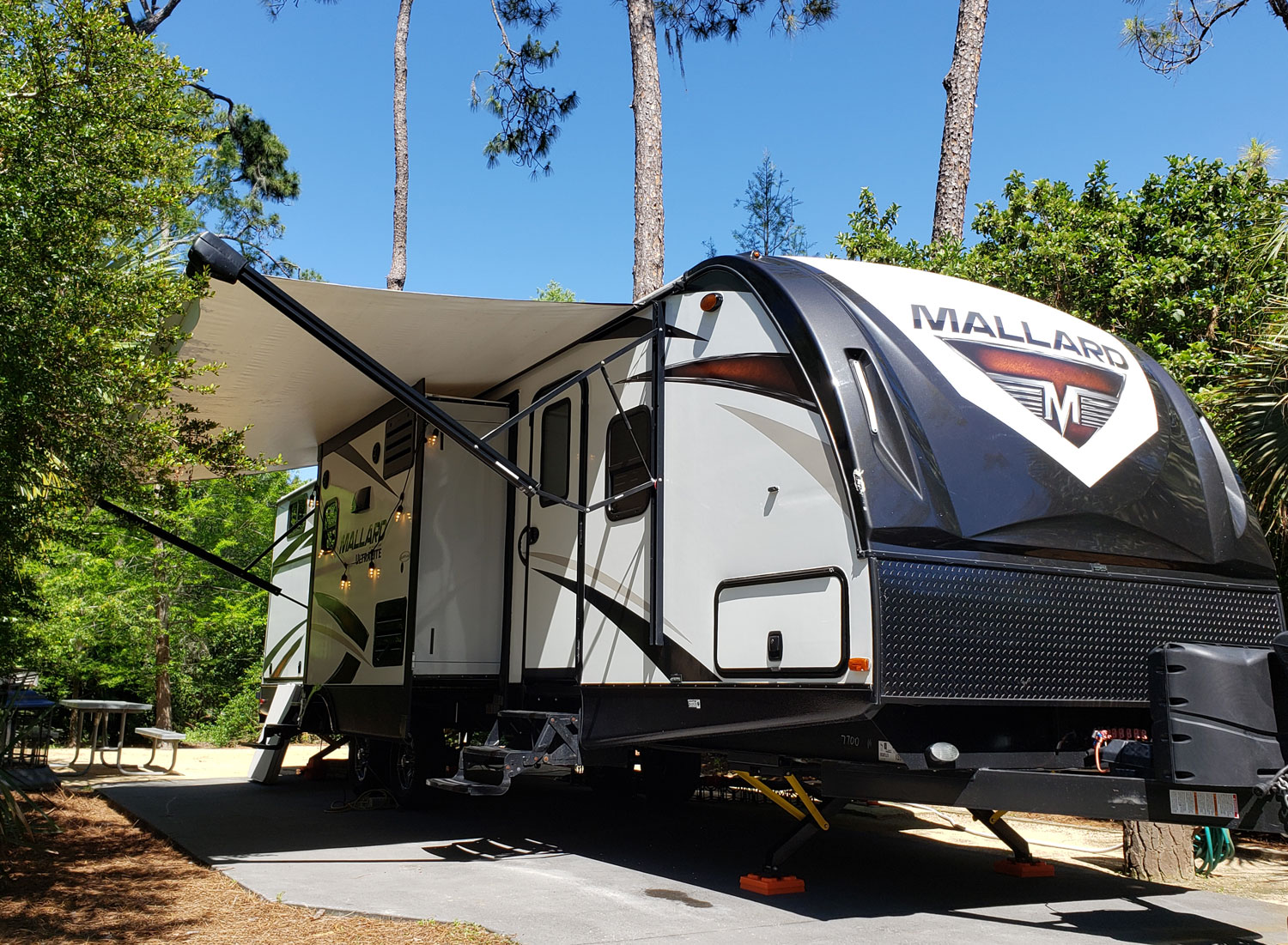M33_camper_rental-fort_4.jpg