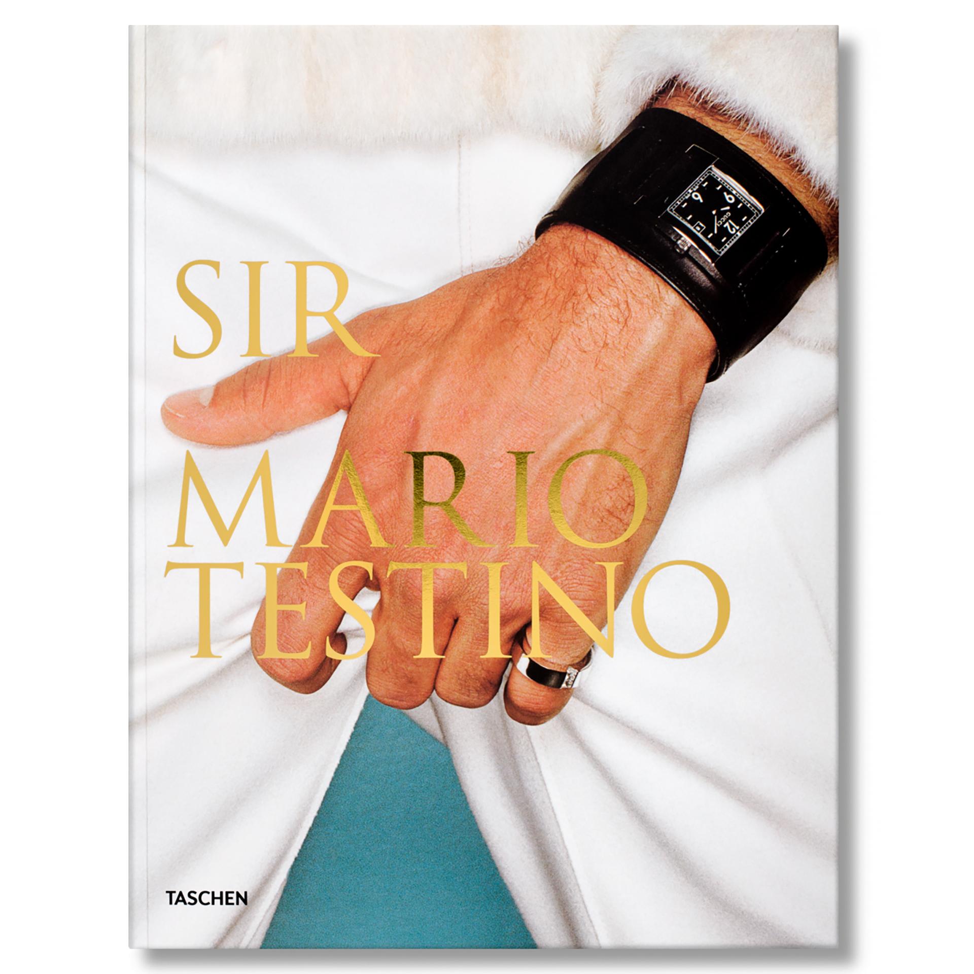 Sir Mario Testino - R1400.jpg