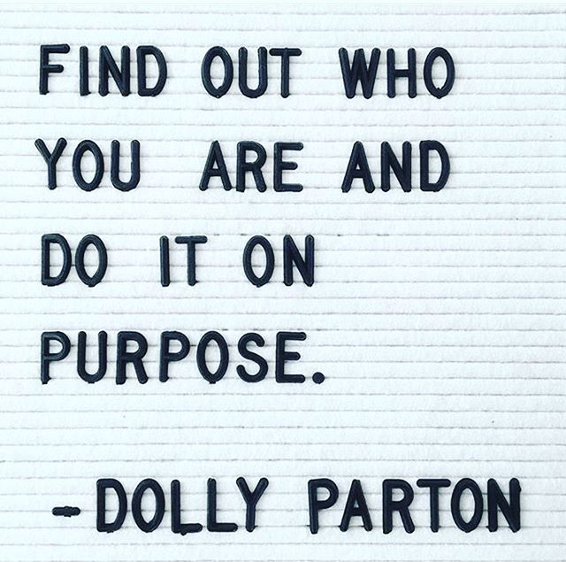 @officialwomenwhorock posted this today and I had to do the same! Love this one @dollyparton 🙏🏻❤️💃🏼#girlpower #nashville #singer #songwriter #mama #motivationmonday