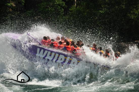 whirlpool-jet-boat-tours.jpg