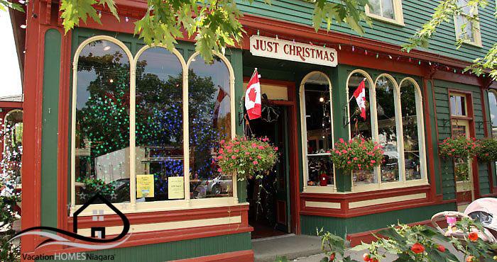 Christmas_Store_Niagaraonthelake.jpg