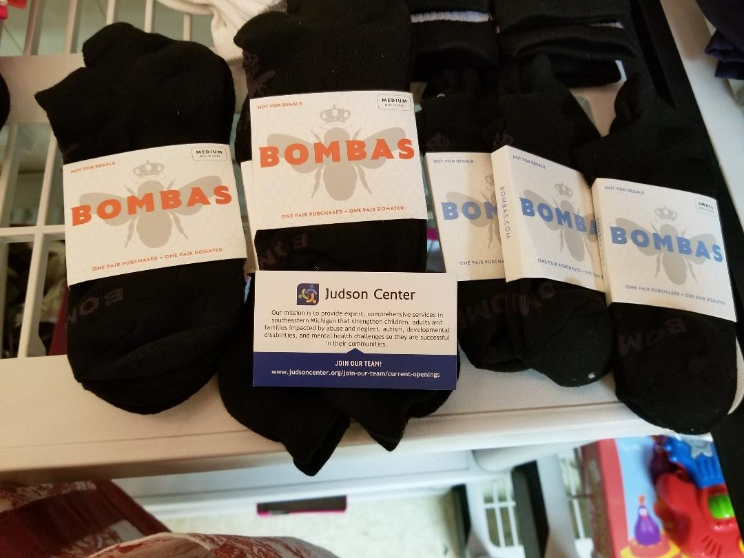 Giving Partners - In April 2019, Teen Clean Closet was selected to be a Giving Partner by Bombas Socks. We received 1,000 pair of socks to distribute via our network of Closets and community networks. We estimate that over 200 children in our area directly benefited from this generous donation by Bombas !