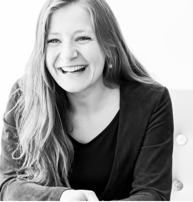 """+850 Workshops, 4991 Flip Charts, spricht PPP """"Polish, Português, People"""",10 Jahre Erfahrung als Management Beraterin,Lissabon, München -"""
