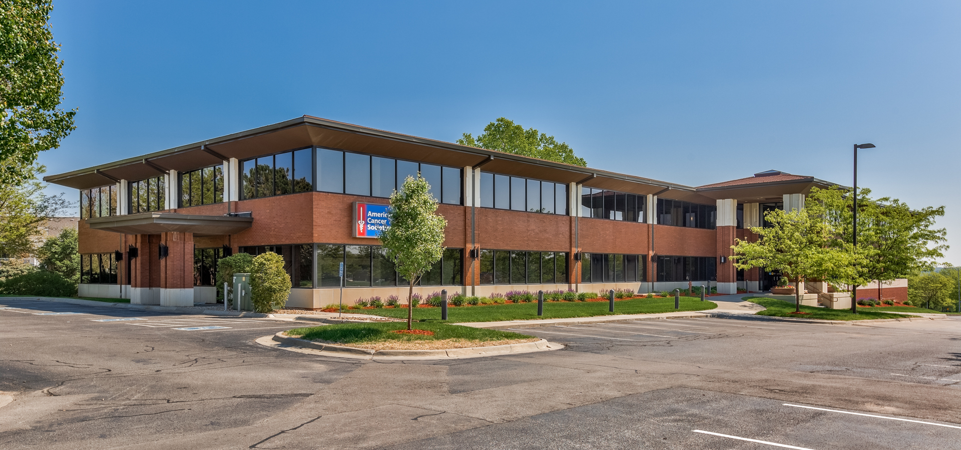 9850 Nicholas Street - SUITE 300: Approximately 1,620 RSF available. Hard to find small space in a Class A building at prime location. Space overlooks Westroads mall. Layout is mostly open with two back offices, could easily configure more offices. $15.95/ft NNN. Click here for Data Sheet