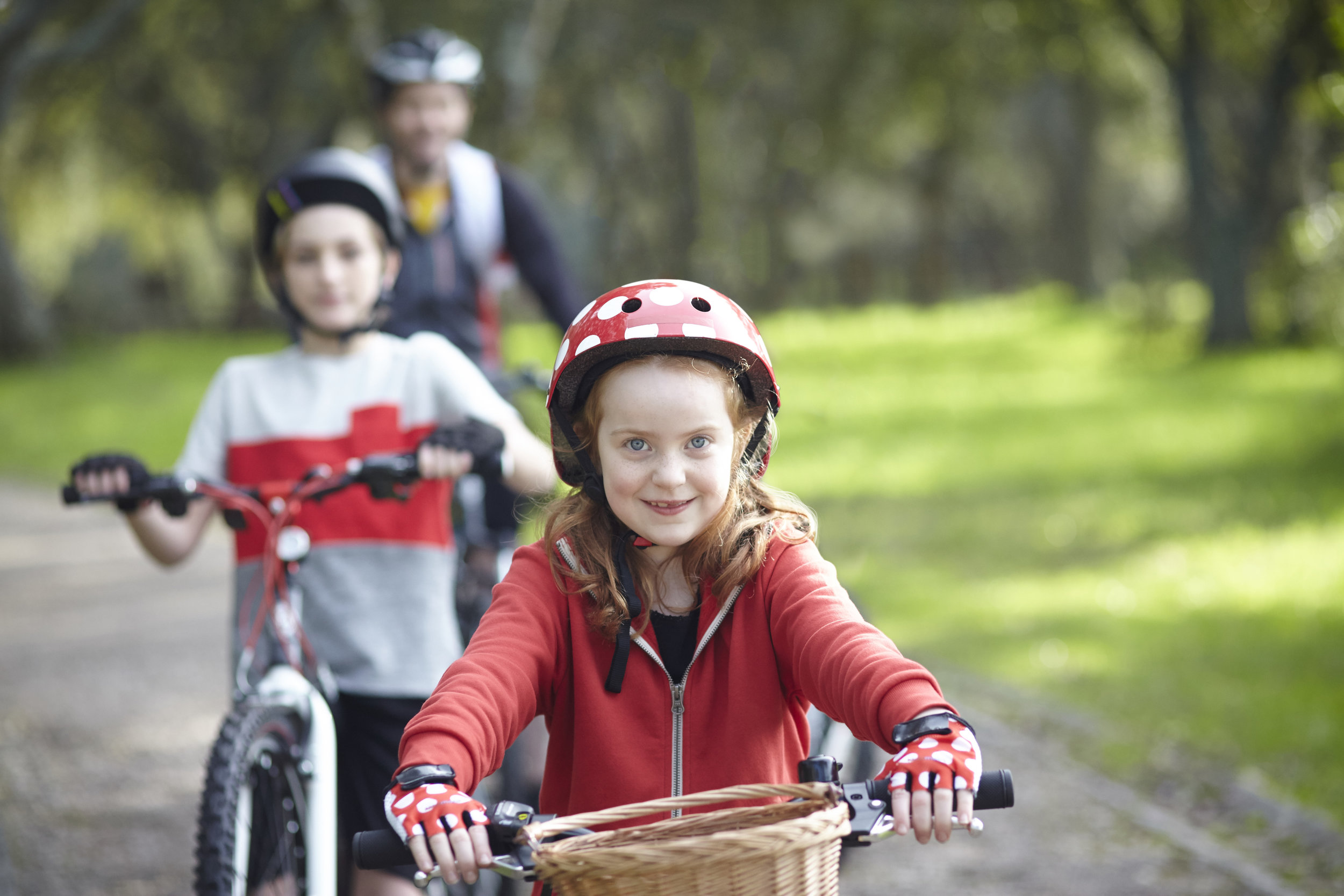 MickeyandFriends_Cycling_PublicityStills_33_master_Retouched.jpg