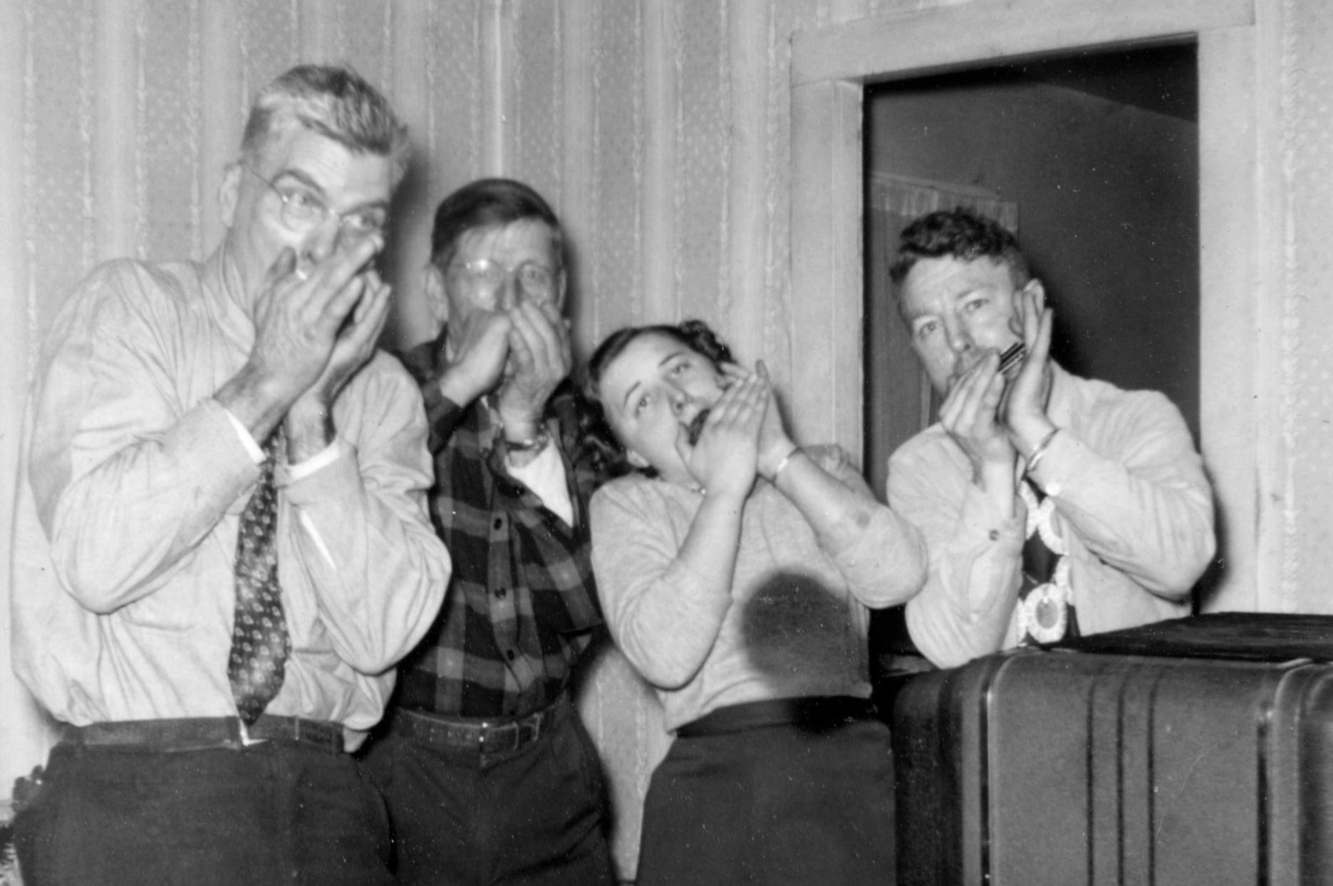 1951 Coleman Younger, Frank H. Petteys, Marcy Petteys, Dallas Petteys.jpeg