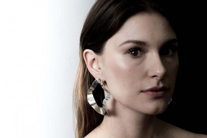 kajsa is fluid earring.jpg