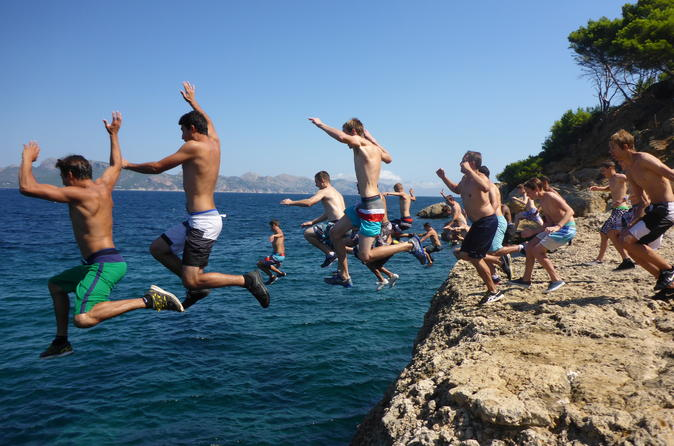 coasteering-in-mallorca-cliff-jumping-in-alc-dia-602437.jpg