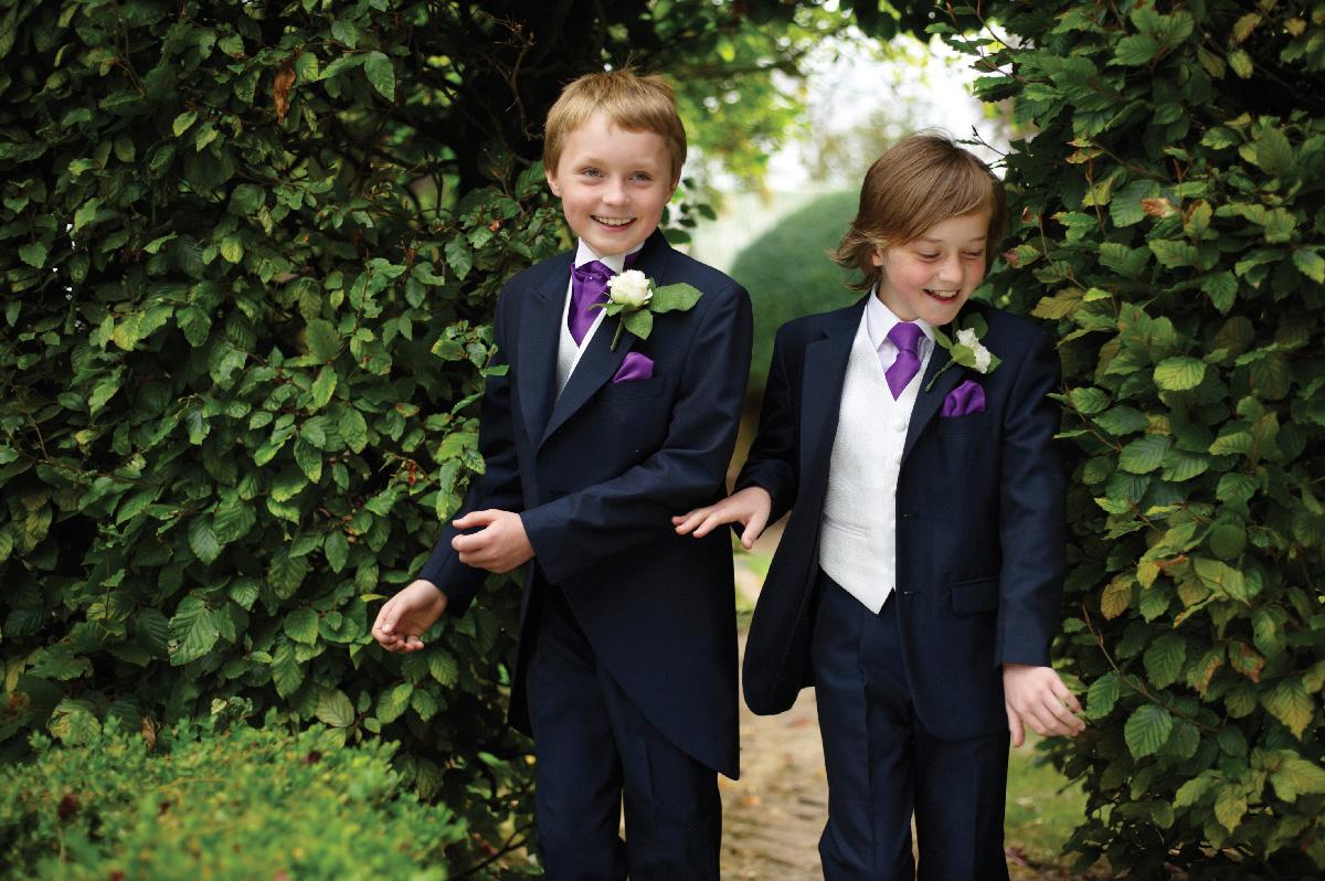affleck-moffat-boys-suit-2.jpg