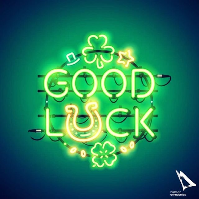Éirinn go Brách! Happy St. Patrick's Day! #stpatricksday #luckoftheirish #shamrock #eringobrach #hallmanortho #hallmanorthodontics #hallmanorthodonticsmile