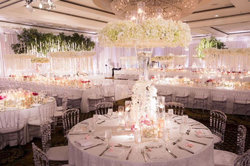 white flowers, centerpieces, wedding flowers, shawna yamamoto, indian wedding, wedding reception, tabletop