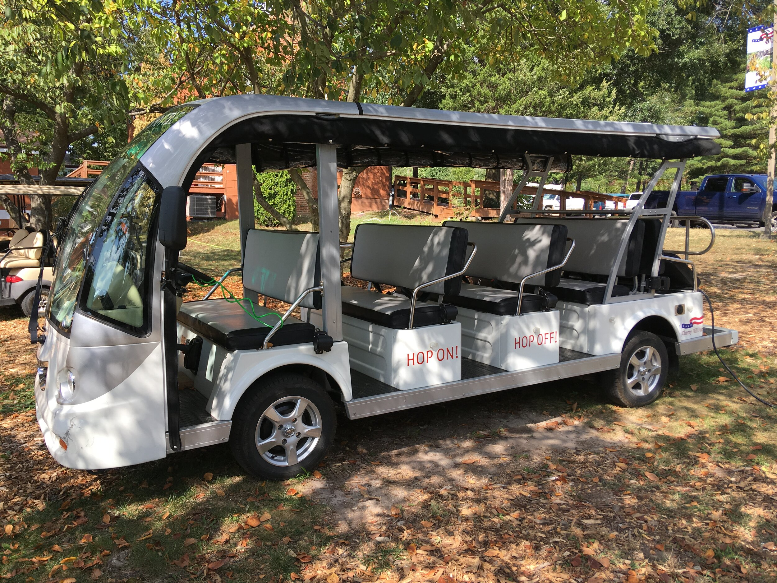 Electric Shuttle - 4 Rows of Benches.JPG