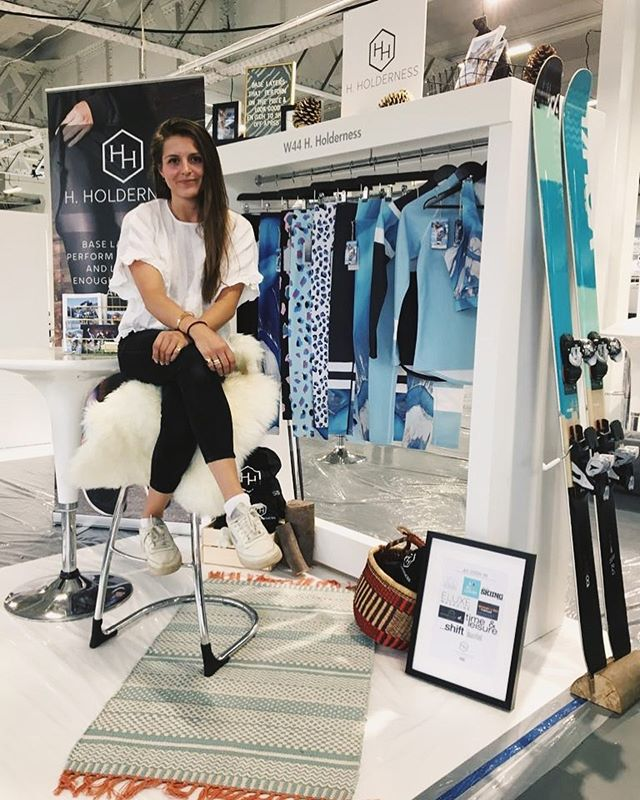 Boss mode 💁🏻‍♀️ catch @hholderness at  @purelondonshow