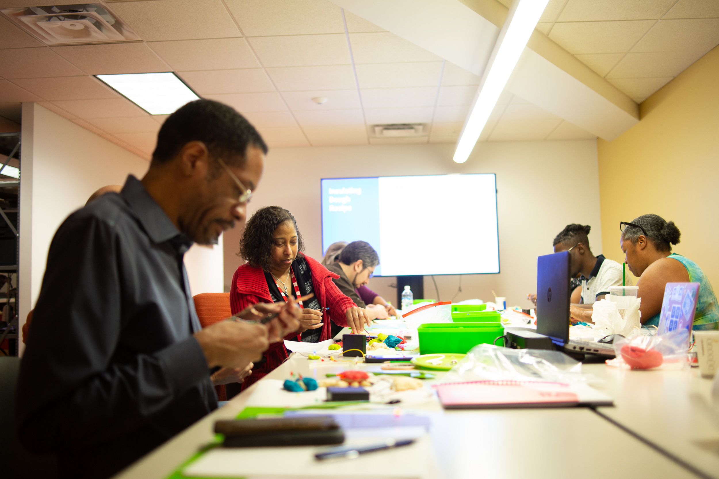 Example : In Code Park's Train the Trainers session, Houston Public Library's Techlink staff learn how to teach some of our workshops - Paper Circuits, Squishy Circuits, ASCII Art and Creative Coding. April 2018. Courtesy of Wanjun Zhang.