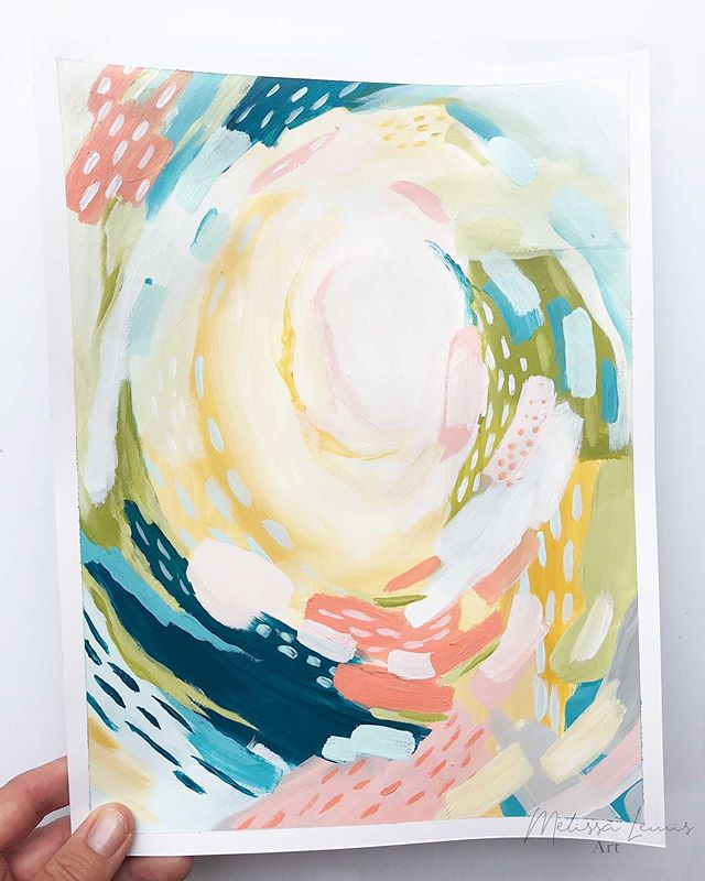 🔈 Did you hear👂? Labor Day is the day all my new pieces will be live and for sale on the website! That's September 2nd! 🎉 ! {{S W I P E  right for video!}} As I created these abstracts I thought it would be fun to record a video so I could share my process.  I don't know about you, but for me as a creative I love watching other artists in their zone and doin their thing! So making videos just seems like the natural  thing for me to do.  Click over to my bio and click on my instagram 🔗 to find your way over to today's blog post. Then watch the video of this pretty little piece as she is being formed from start to finish.  And hey, do me a favor... if you like it take a screenshot and share in your stories! Be sure to tag me so I can share to mine!😘