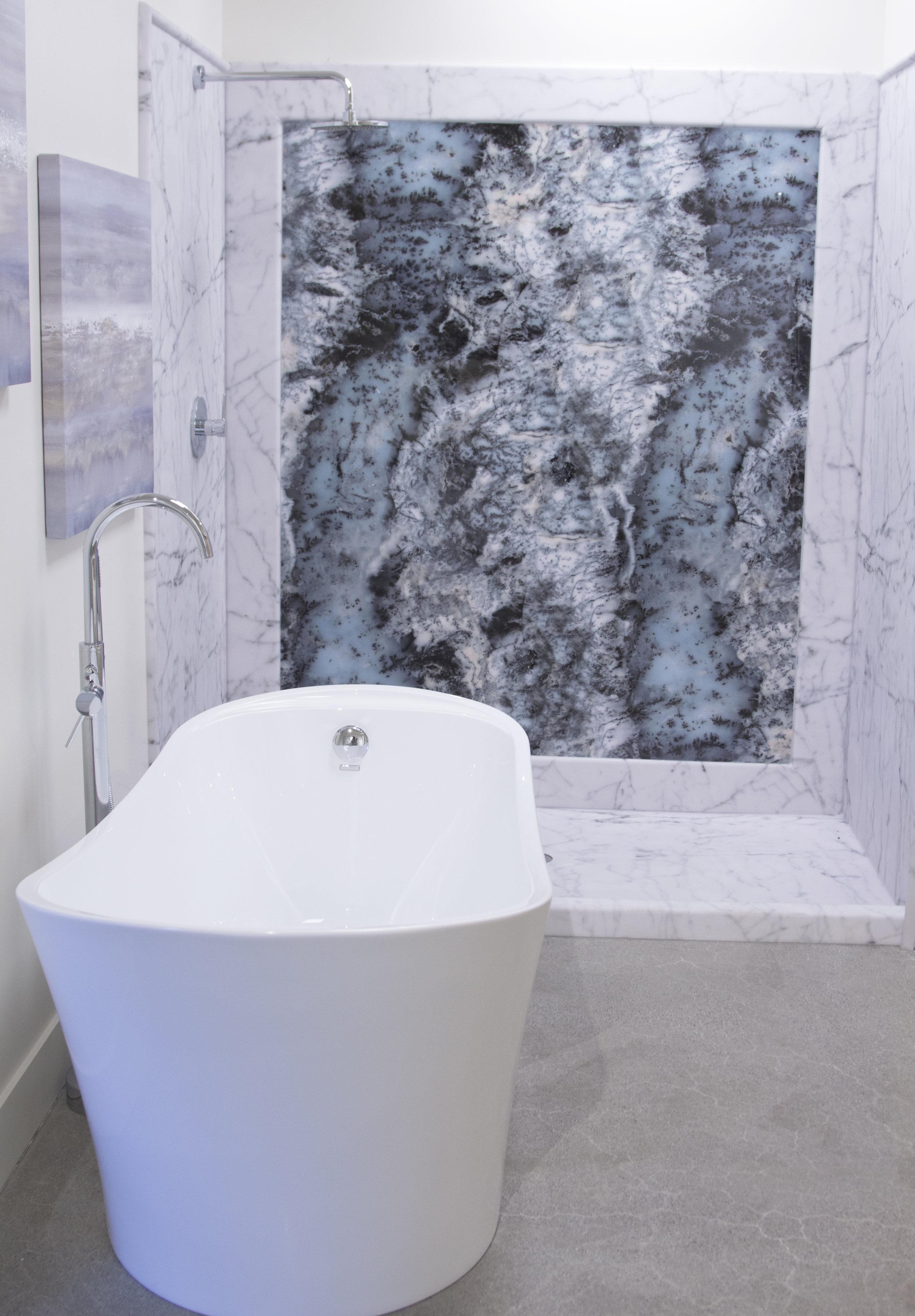 Bianco Carrara Display_V_2.jpg