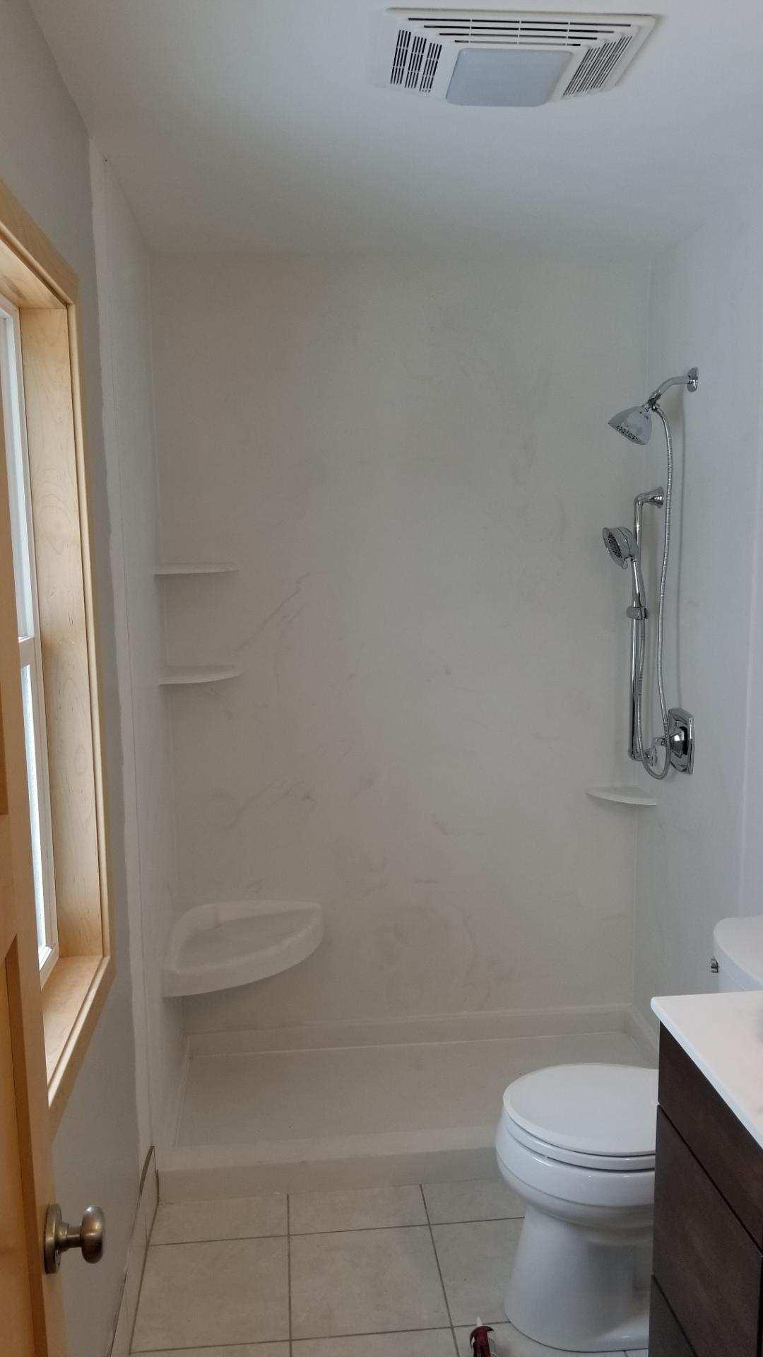 185 Shower.jpg