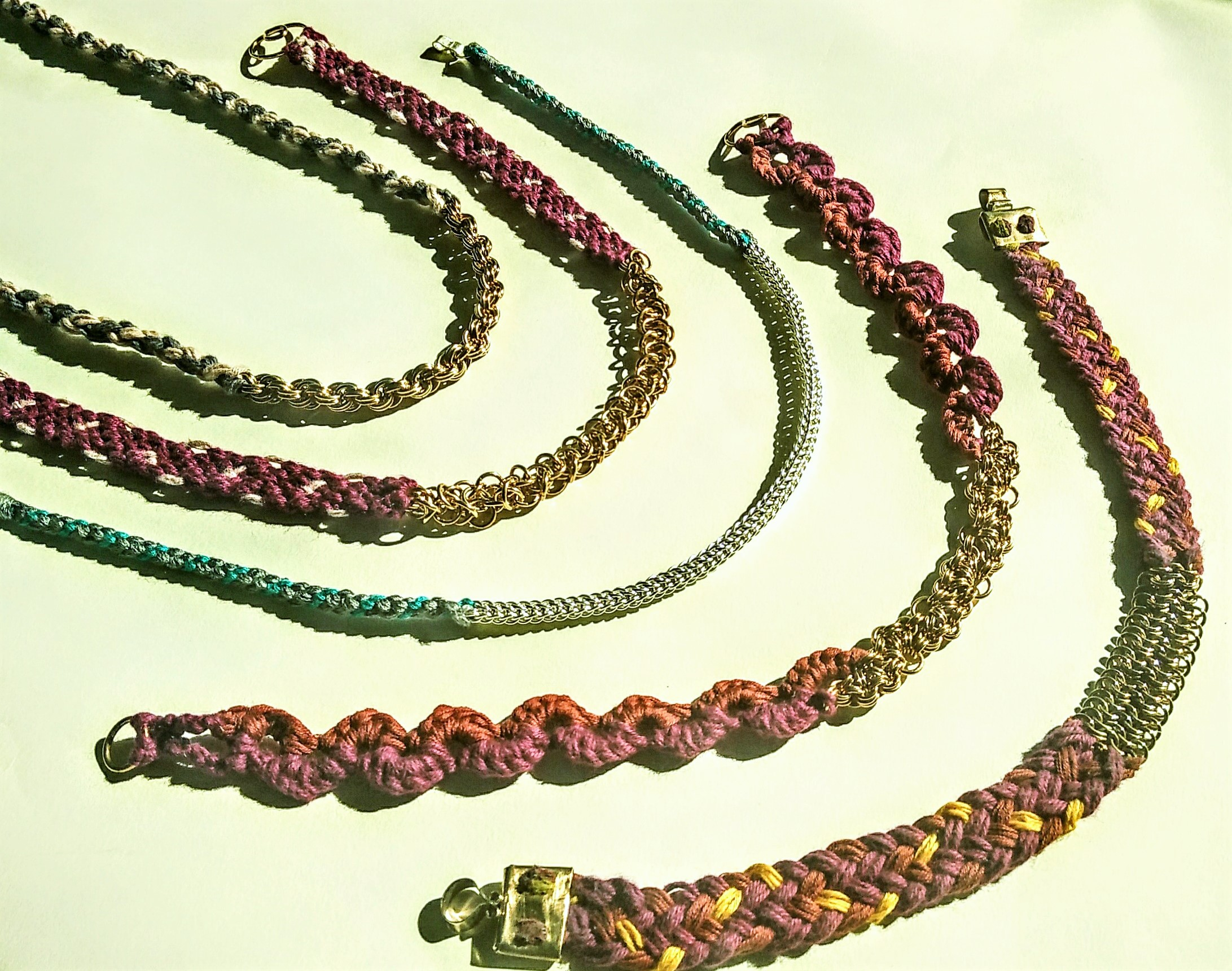 GAANTH - The latest jewellery collection is 'Gaanth'. The necklaces are made by weaving metal and thread together.