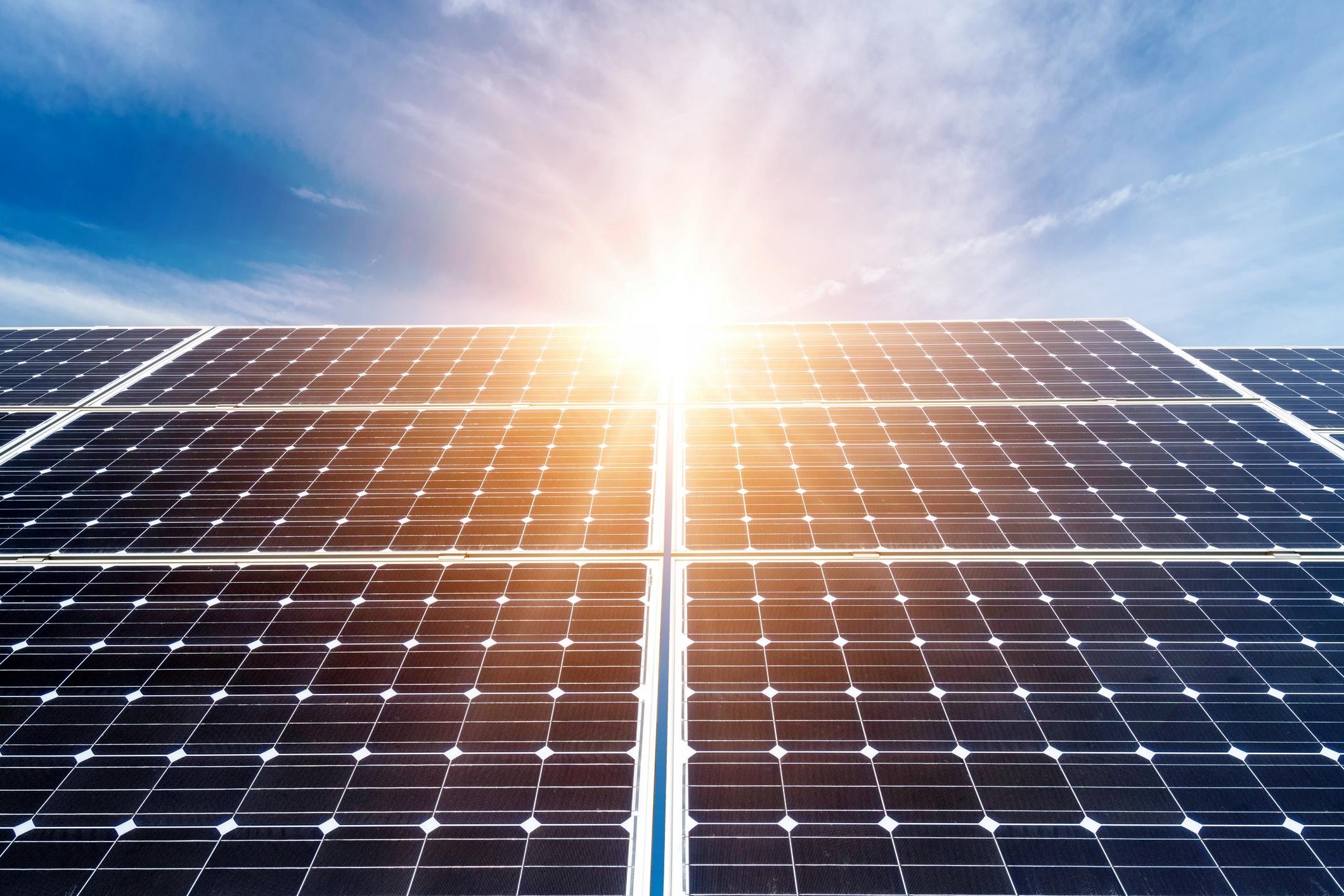 solar-cells-in-the-sun-1.jpg