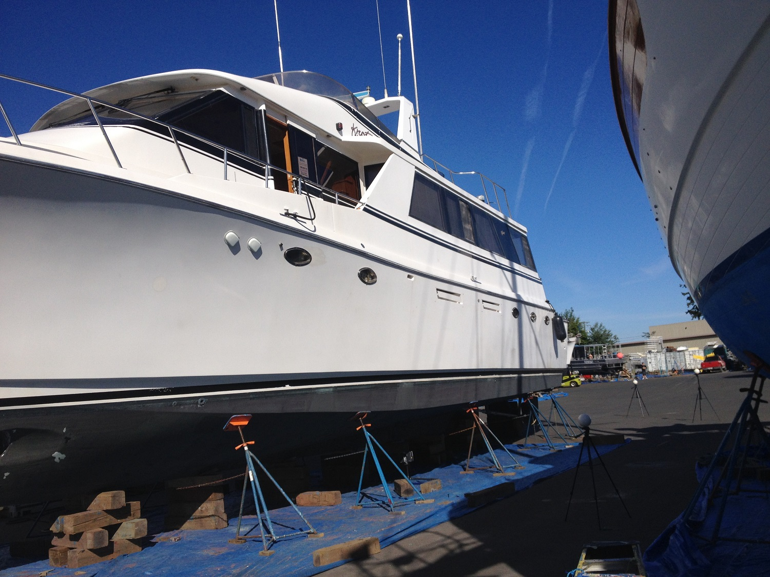 Preparation for 3D laser scanning yacht