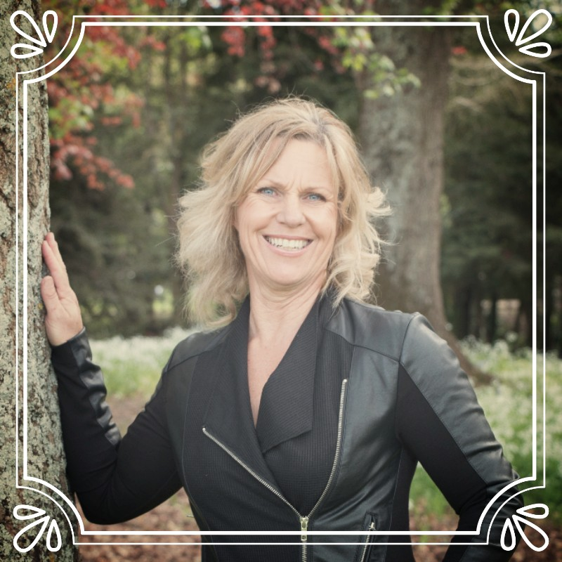 Hi I'm Rhonda, and through my Positive Energy Philosophy, I help others step towards realising their full life potential. This empowers them to live their lives with wellness in their mind, body and spirit, leading them towards living a life of true liberation of self.  My own life story of repeating self-destructive thoughts lead me to a choice to become conscious which has changed the course of my life.  This marked the beginning of an intense inward journey which has led me down the path of self-inquiry, self-acceptance, self-realisation and self-love.  What we believe about ourselves becomes the truth for us. The challenge is that so often we are unconscious of our thoughts, where they began, and the impact they are having on our lives, that we continue to repeat the patterns, remaining often in a state of chaos.  The beautiful thing is that what we believe and think about ourselves can be changed with will and consistent daily effort.  We are born as unconditional love, a blank canvas. Over time the blank canvas is filled with our story and that is where we create our reality from. We have the power at any time to rewrite this story, repainting the canvas, and stepping forward to a more fulfilling life.  I trained as a holistic life coach in 2006 and I am an Inspirational speaker and have been teaching and practicing yoga for over 20 years. Since 1999 I have been a Reiki Master where I work with teams and individuals to help them live to their full potential. Connect to the source of life.