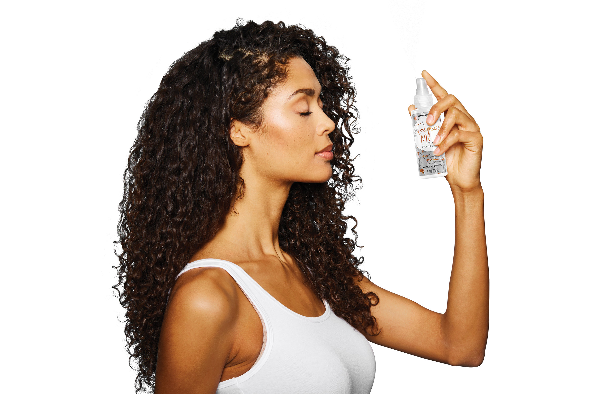Perfectly Posh how to use a toner, Exsqueeze Me Super C Toner, spraying on toner, skin brightening toner