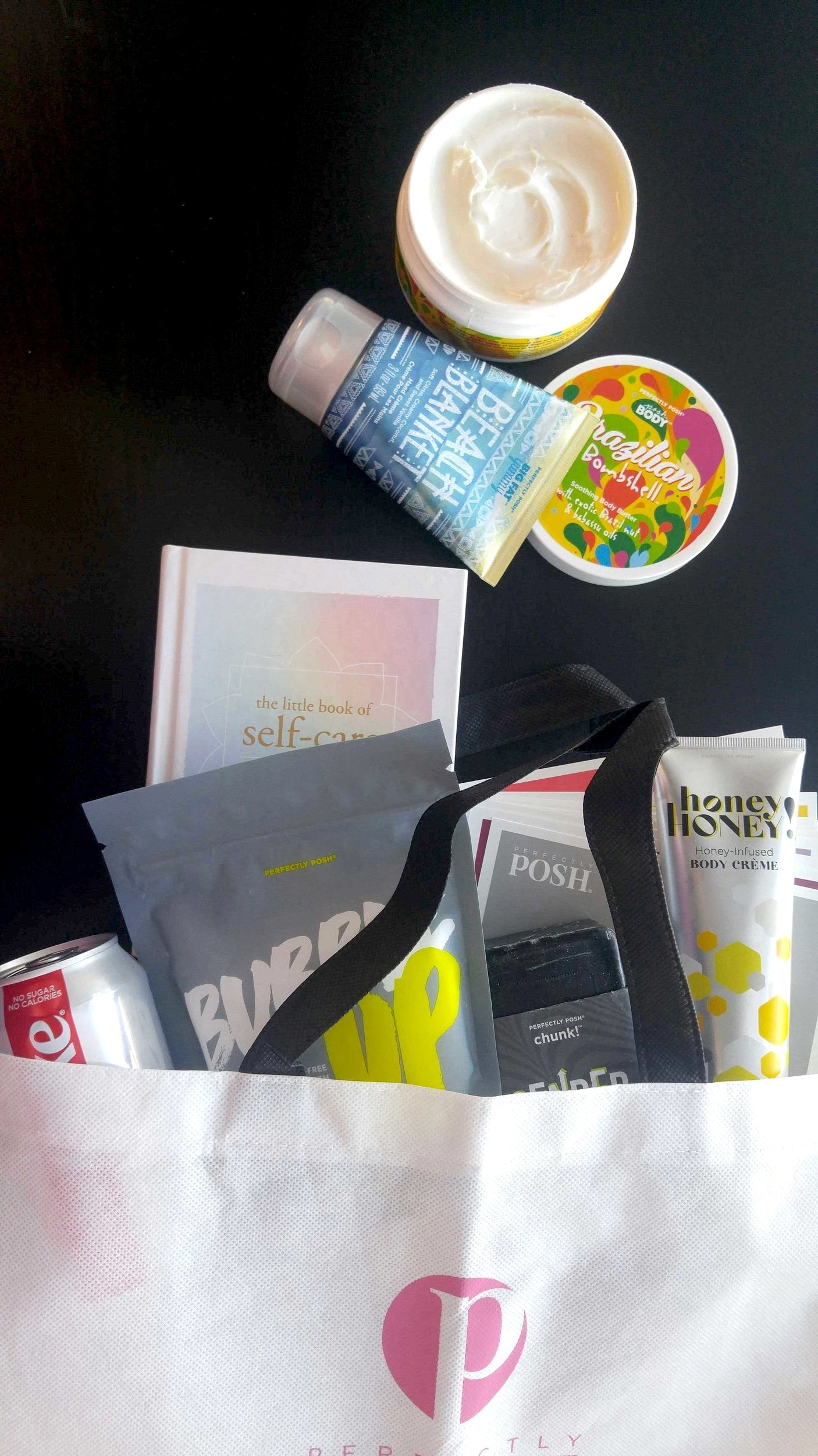 Beach Blanket Big Fat Yummy Hand Crème, Brazilian Bombshell Body Butter, Bubble Up All Mixd Up bath salts, Gender Bender Chunk Big Bath Bar, Honey Honey! Body Crème, Posh Reading cards, Posh tote bag, Jessica Christine Vezino's bag, Jessica Christine Vezino's favorite Posh products