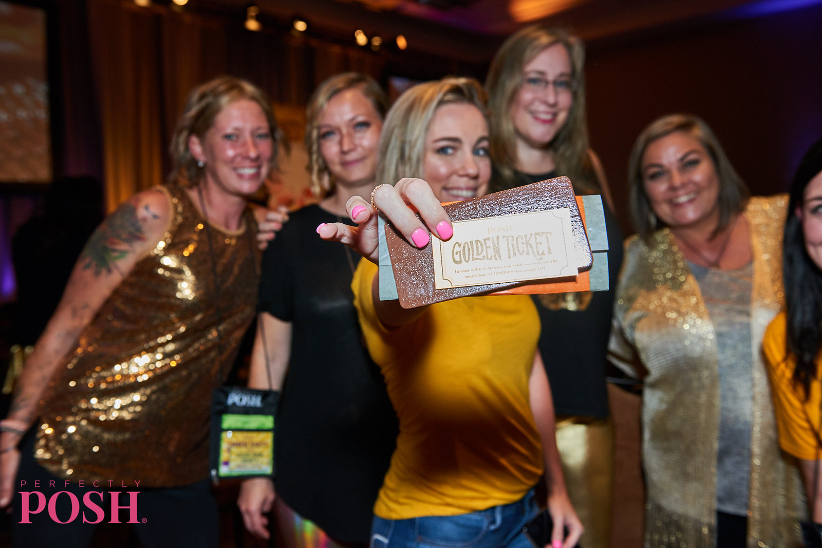 Perfectly Posh Influencer leaders holding golden ticket at UnCon Leadership 2019