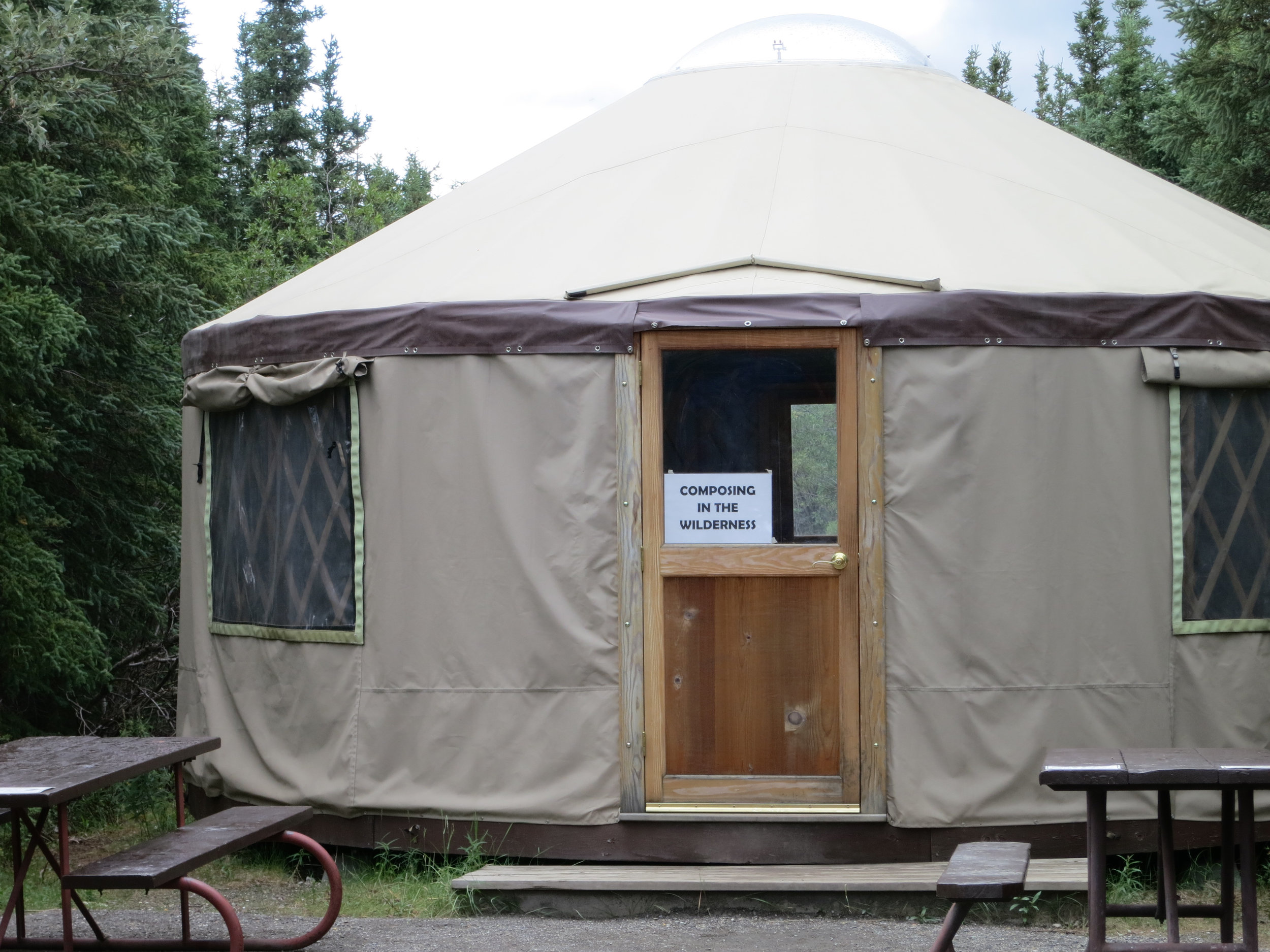 yurt-100.jpg