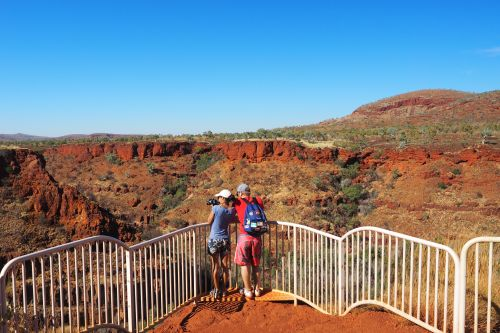 Couple at Dales Gorge