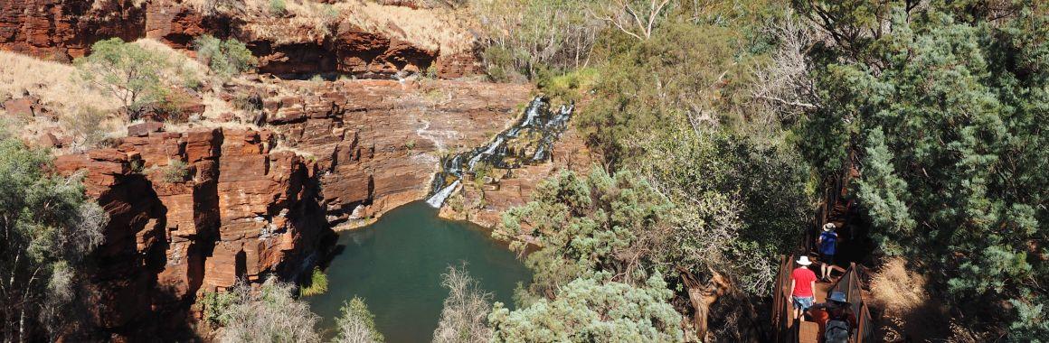 Dales Gorge walk half way point