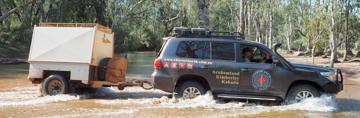 Pilbara Tours Australia luxury 4wd with tour trailer