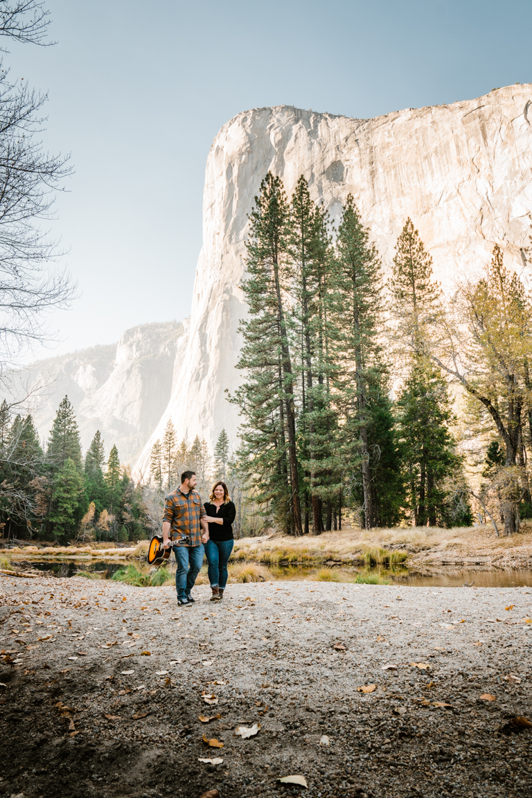Jordan and Brandon Yosemite Engagement Portraits by Bessie Young Photography 2018-255.jpg