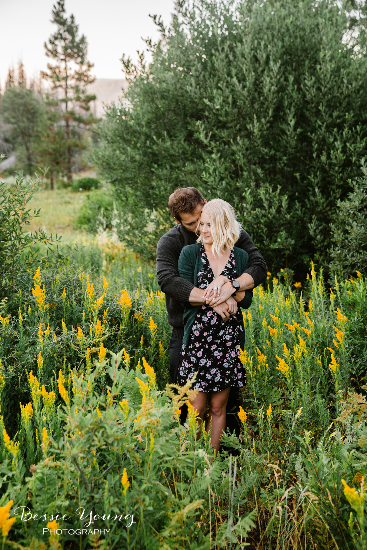 Mountain Engagement Photos by Bessie Young Photography