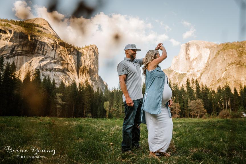 Yosemite Maternity Portraits - Coryn and Justin - Yosemite Photographer Bessie Young 2019-383.jpg