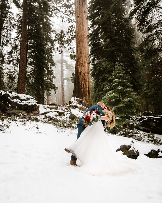 I told him to attack her! Her ran, slipping in the snow, smooched her, and then did an awesome dip! Yep, im obsessed 😍 Gimme All the snowy Kings Canyon sessions !!!! Or any Kings Canyon season because OMGEEEEEEEEE!!!!!! . . #sequoiaelopements #sequoiaweddings #yosemitewedding #muchlove #sequoianationalpark #kingscanyonnationalpark #sequoiaelopementphotographer #fresnophotographer #sonoraphotographer #destinationphotographer #yosemiteengagements #kingscanyonnationalpark #sequoianationalpark #yosemitephotographer #yosemitephotohraphy #yosemitenationalpark #yosemitenationalparkphotographer #bessieyoungphotography #bessieyoung #californiaphotographer #yosemiteelopementphotography #rockymountainnationalparkwedding #rockymountainwedding #californiawedding