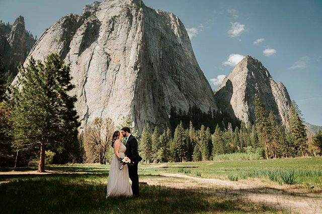 Favorite spot in Yosemite? And Go! Comment below.  So stoked for this rain! That means editing all these beautiful elopements, listening to the rain on the roof, wearing warm fuzzy jackets and leggings, drinking yummy beverages, and watching movies (ok ya right to that last one but its good background noise😂😂) . . . . #yosemiteelopements #yosemiteweddings #yosemitewedding #muchlove #yosemiteelopementphotographer #fresnophotographer #sonoraphotographer #yosemiteengagements #yosemite #yosemitephotographer #yosemitephotohraphy #yosemitenationalpark #yosemitenationalparkphotographer #bessieyoungphotography #bessieyoung #californiaphotographer #yosemiteelopementphotography #rockymountainnationalparkweddinng #coloradoweddingphotographer #californiawedding