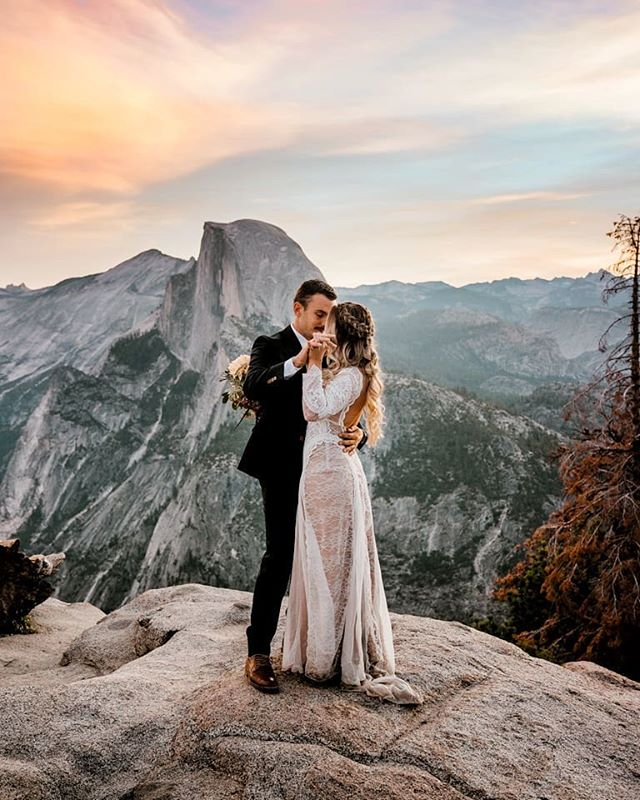Glacier Point Road is opening!!!!! I am just so dang excited about this news that I had to share with you all.  Honestly, this is one of the most epic views and places to have your session. DM me if you wanna set something up! . . #yosemiteelopements #yosemiteweddings #yosemitewedding #muchlove #yosemiteelopementphotographer #fresnophotographer #sonoraphotographer #destinationphotographer #yosemiteengagements #yosemite #yosemitephotographer #yosemitephotohraphy #yosemitenationalpark #yosemitenationalparkphotographer #bessieyoungphotography #bessieyoung #californiaphotographer #yosemiteelopementphotography #rockymountainnationalparkwedding #rockymountainwedding #californiawedding