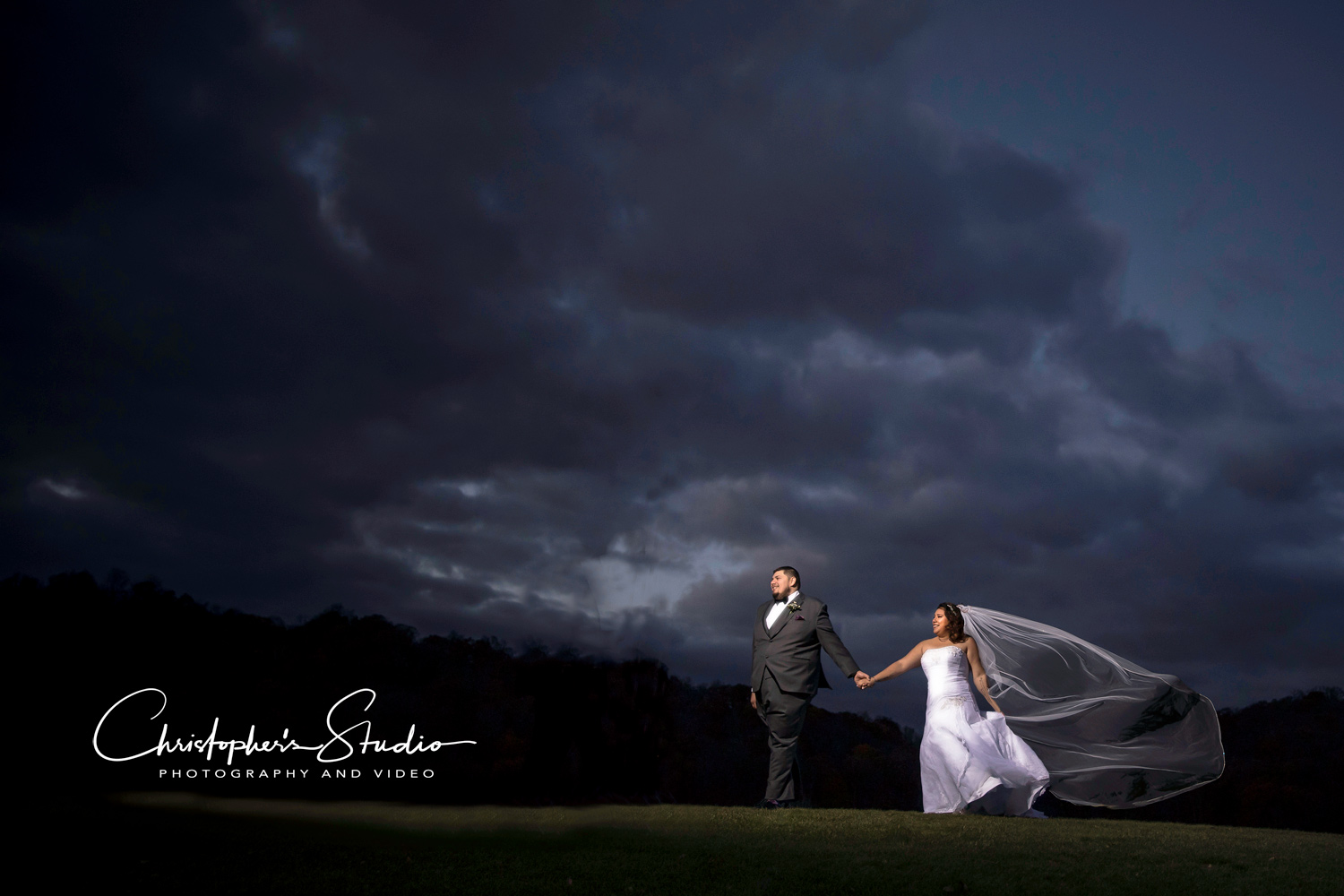 hollowbrook-golf-club-wedding-photographer.jpg
