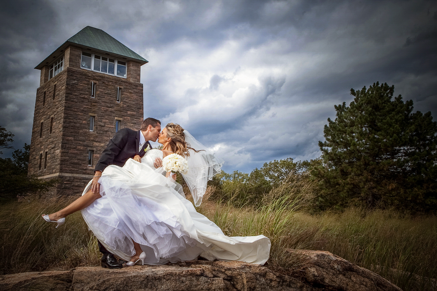 wedding-photos-at-the-clubhouse-at-patriot-hills