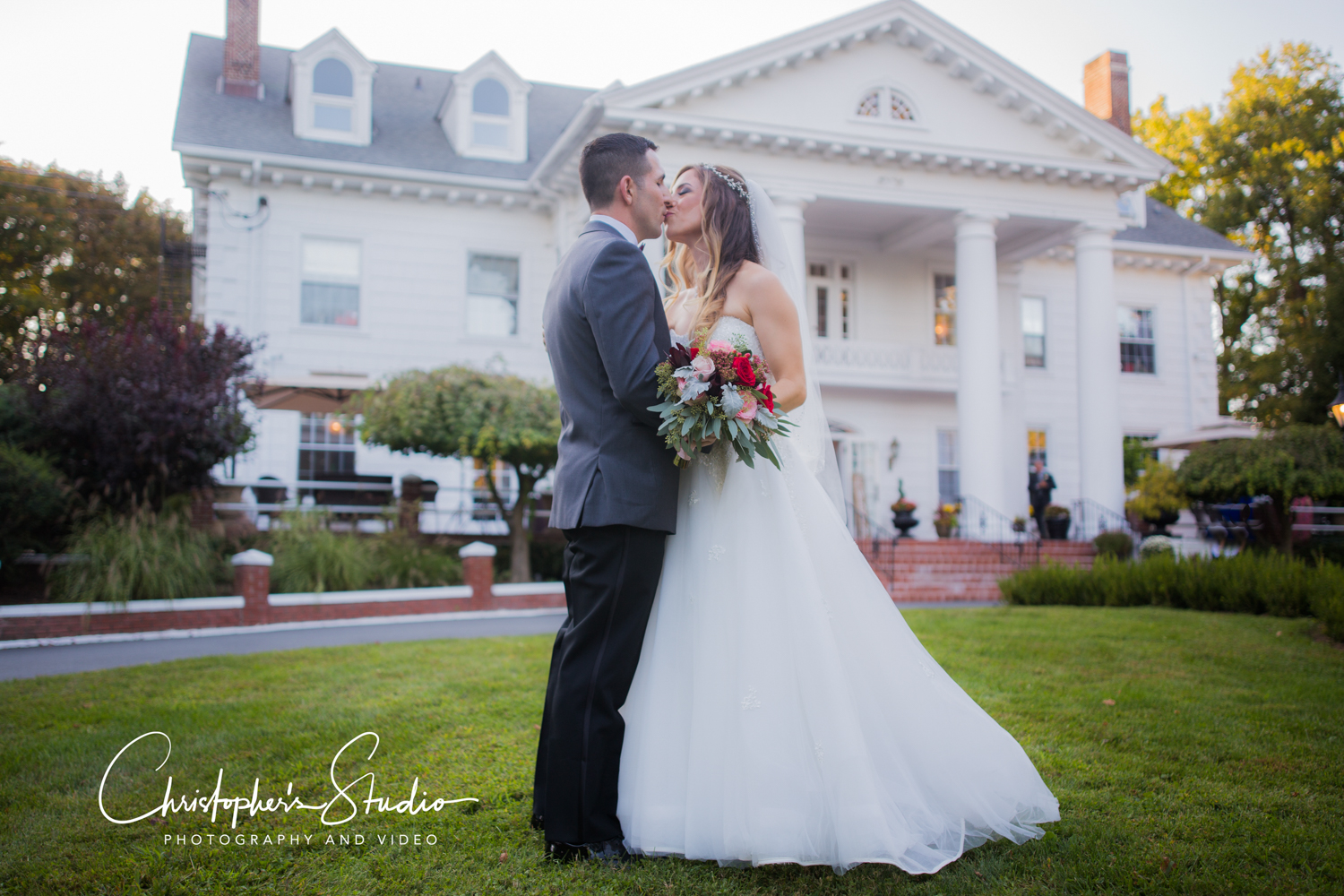 the-briarcliff-manor-mansion-weding-brde-groo-photo