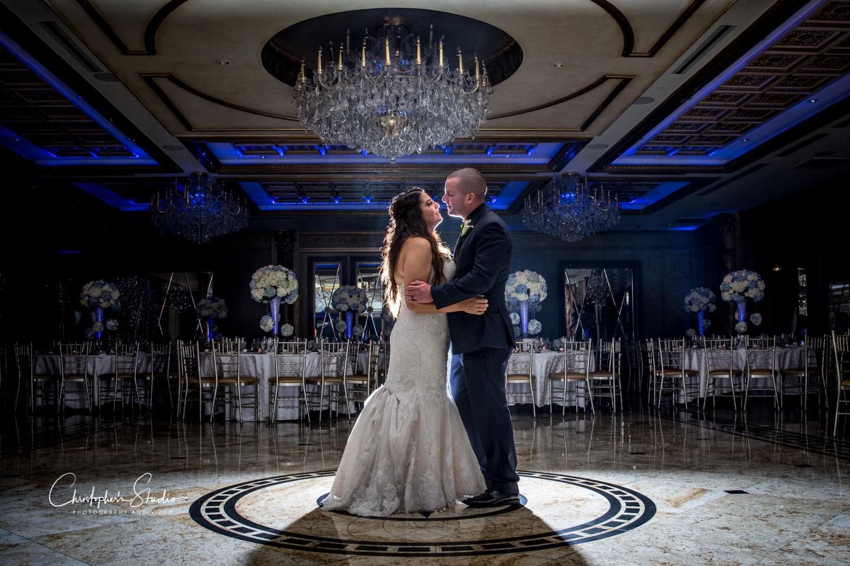 seasons-catering-hall-wedding-bride-groom