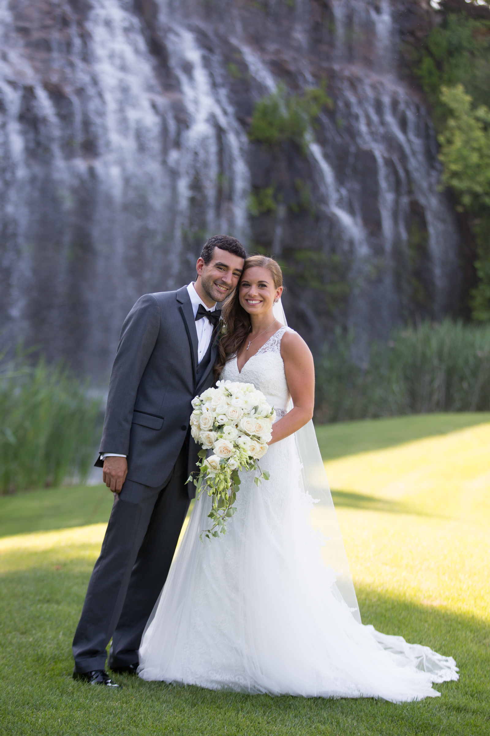 trump-national-golf-course-water-fall-wedding-photographer