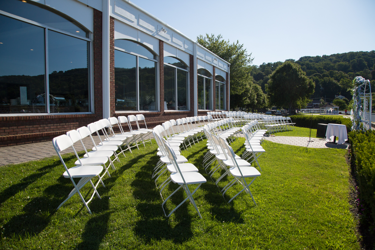 the-view-on-the-hudson-piermont-outdoor-wedding-photography